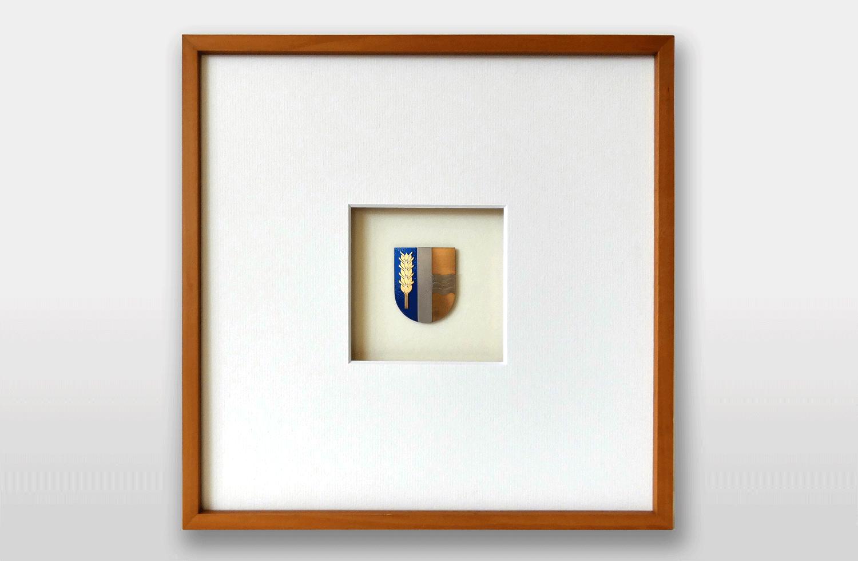 Bild «Wappen von Schaan» in Gold und Titan, 30x30cm