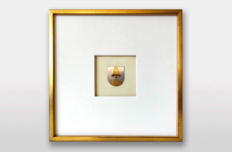 Bild «Wappen von Triesenberg» in Gold, 30x30cm